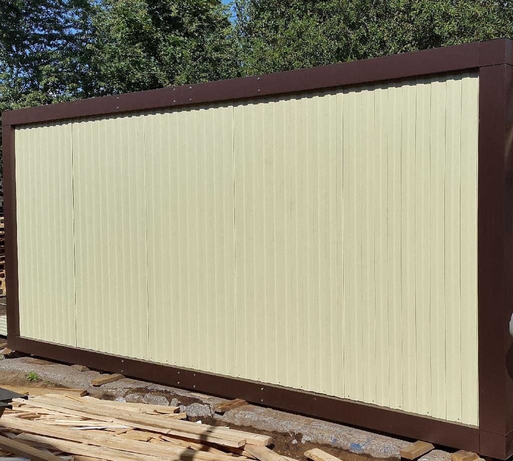 Стена блок-контейнера