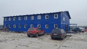 Двухэтажное здание из модульных контейнеров